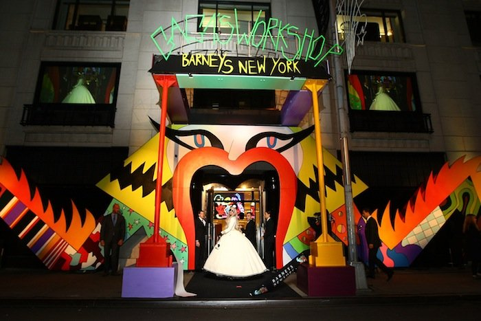 BARNEYS NEW YORK Lady Gaga GAGA'S WORKSHOP 卡卡精品店