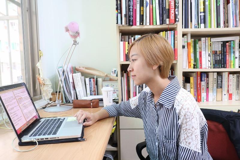 Hahow 專訪何佩玲