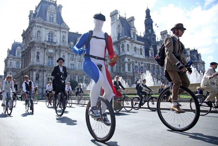 tweed run street style paris
