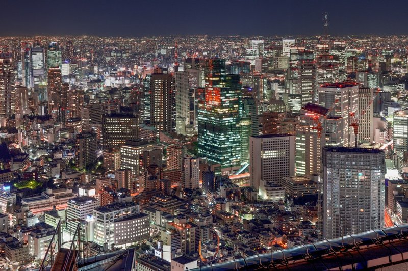 View_of_Tokyo_Roppongi_Hills_downtown_from_Mori_Tower
