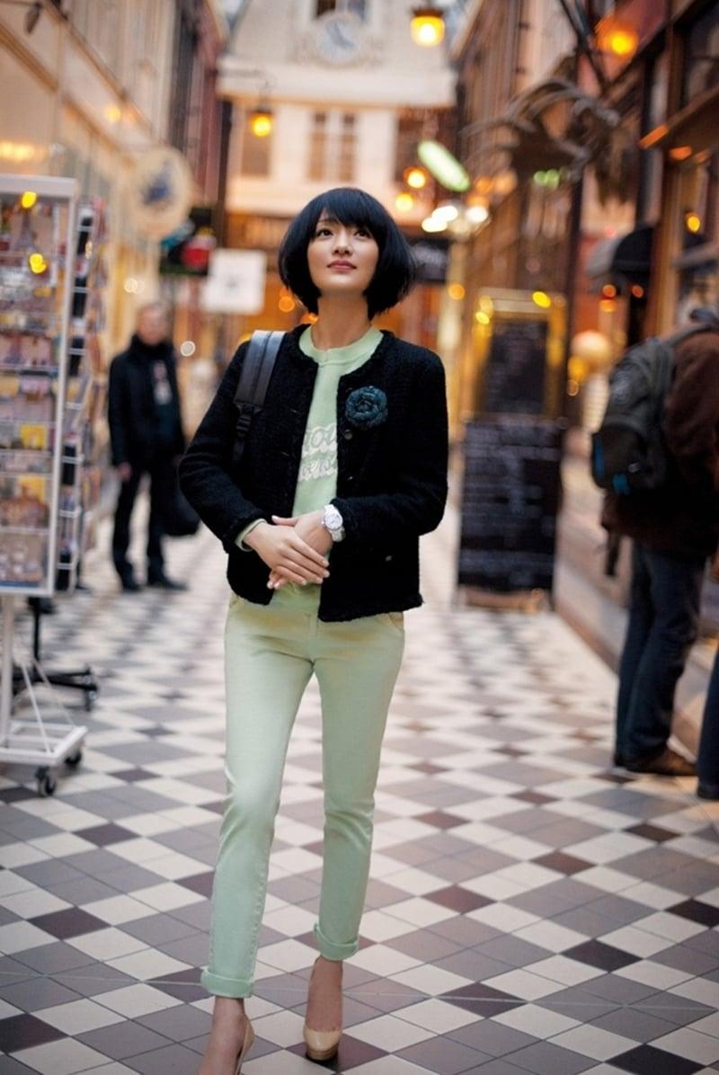 xun zhou chanel street style