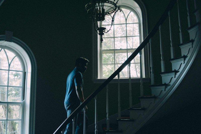 年末最讓人毛骨悚然的電影「聖鹿之死」 妮可基嫚與柯林法洛最後殺了哪個孩子?-3