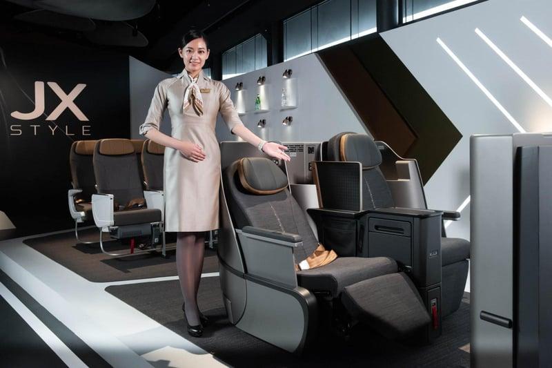 《星宇航空》不只制服走時尚星際風,連機上安全影片都媲美皮克斯動畫!-0