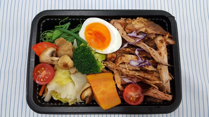 難道瘦身只能吃水煮餐?台北市6間質感系「低卡」外送餐盒,讓你減脂也能好好吃飯!-4