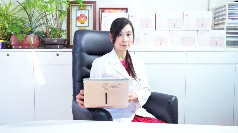 郭安妮醫師與59S LED 紫外線貼身衣物消毒袋 升級版