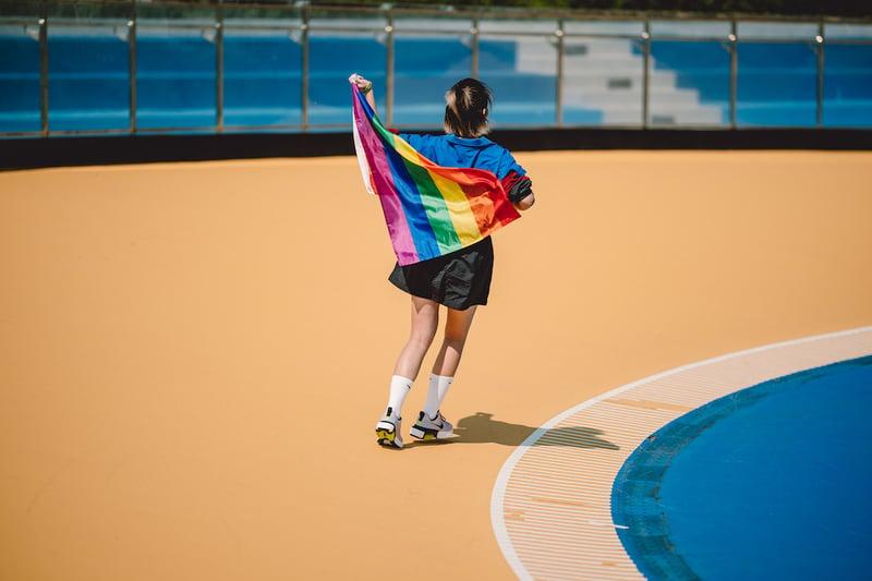 余惟 NIKE 2020 女人迷 Pride Month
