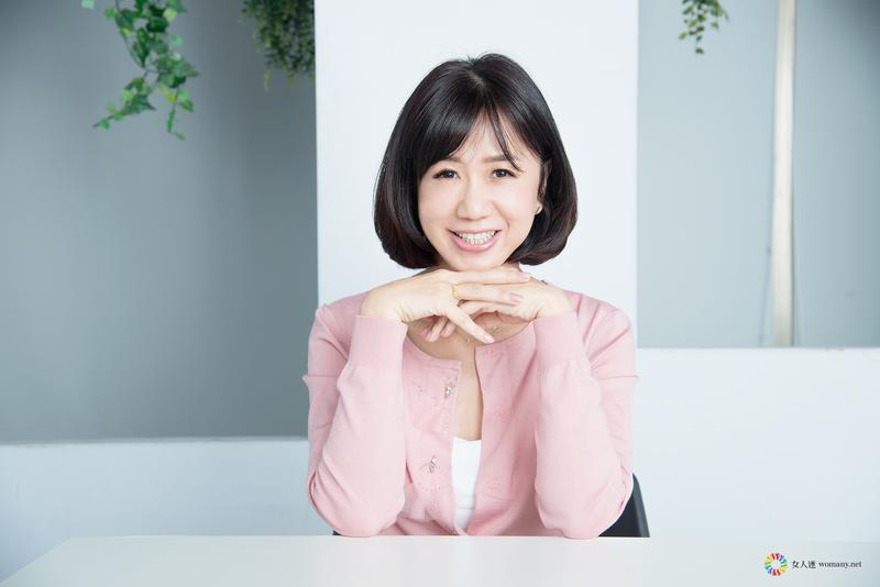 專訪未來媽媽編劇劉中薇與台灣艾捷隆總經理張博文,談不孕夫妻與試管嬰兒。