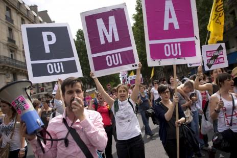 支持同性伴侶合法人工受孕