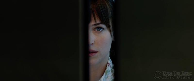安娜在電梯