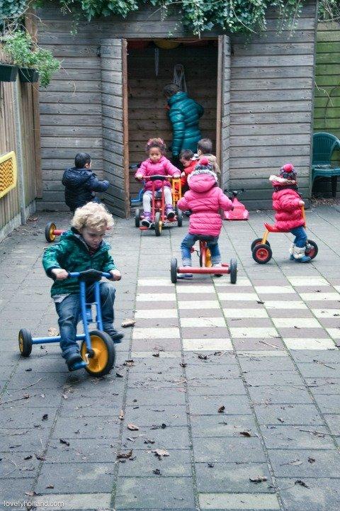 愛荷蘭左擁右抱- 快樂的荷蘭兒童/ 學齡前快樂上學篇-13
