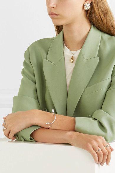 薄荷綠混合休閒西裝,帶點中性感,男女都Carry到。(Net-A-Porter )
