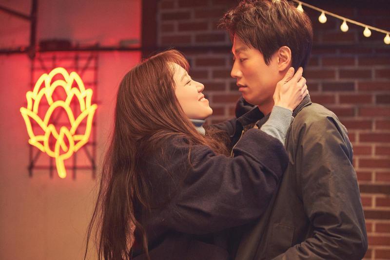 韓國愛情電影推薦:《最普通的戀愛》!孔曉振30歲後戀愛觀:「和你就會不同嗎?」-5