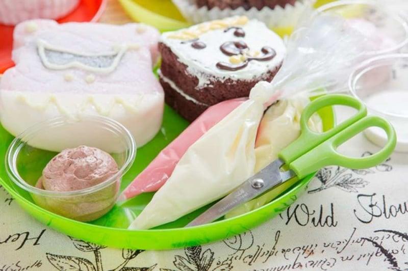 【台中DIY彩繪甜點】小惡魔雪莉貝爾創意冰品甜點・DIY彩繪體驗
