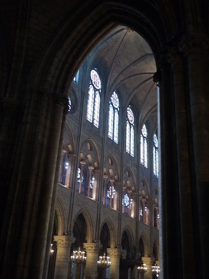 【琵雅諾在巴黎】有年紀的聖母院