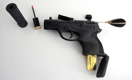 Ted Noten Seven Necessities 特務化妝槍